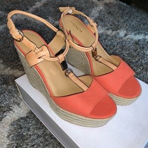 NWOT coach wedges!